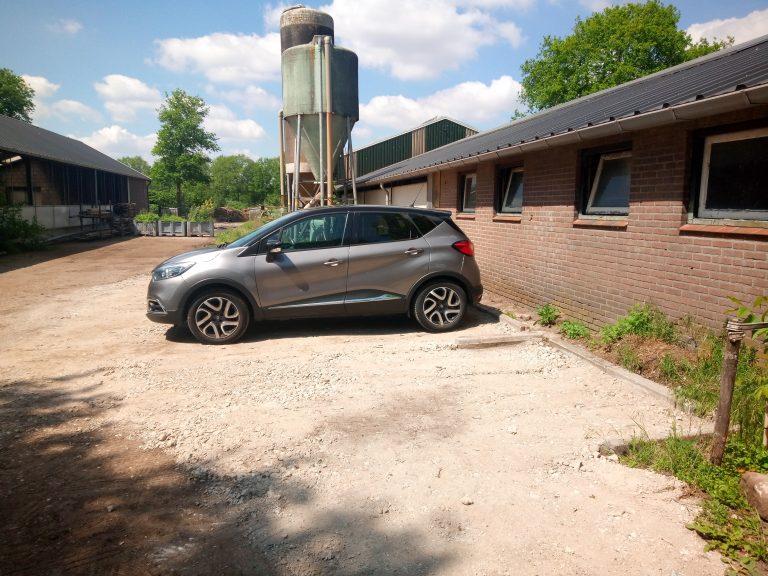 Parkeerplaats verhard